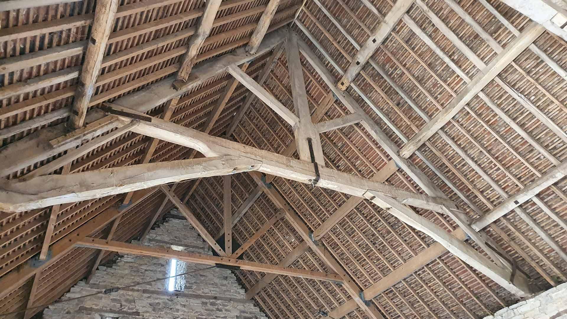 barn internal structure